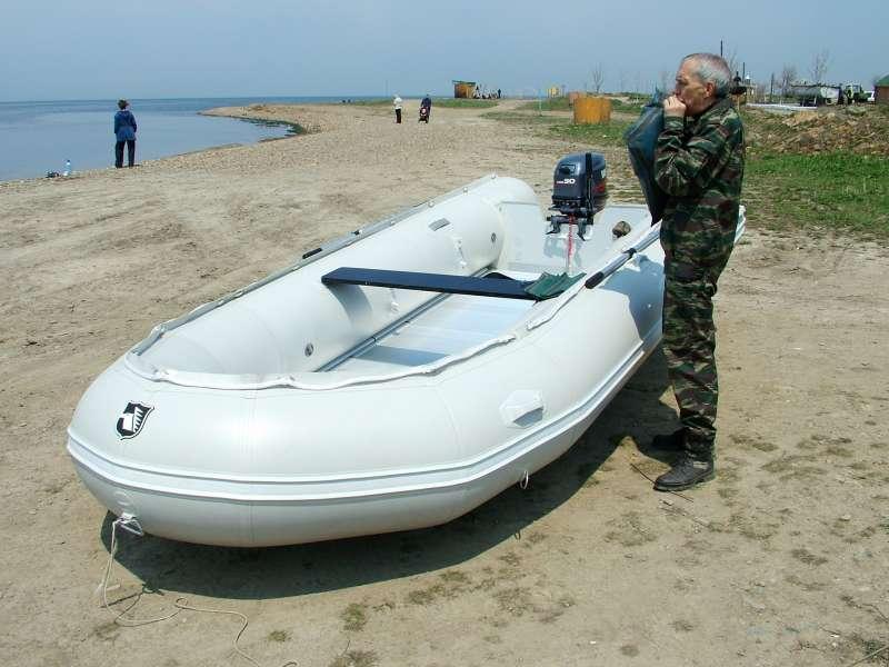 какую лучше купить лодку с мотором