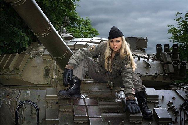 """Женская озвучка """"Танюша"""" для World of Tanks - скачать мод"""