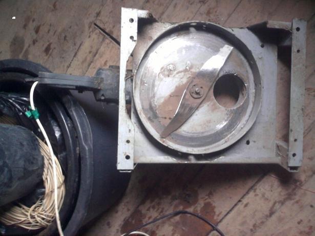 Садовый электрический измельчитель веток собираем своими 87