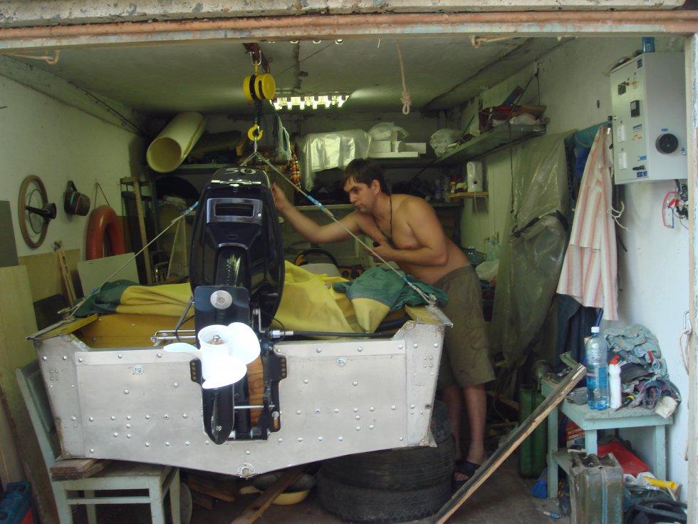 Как подвесить лодку в гараже своими руками 37