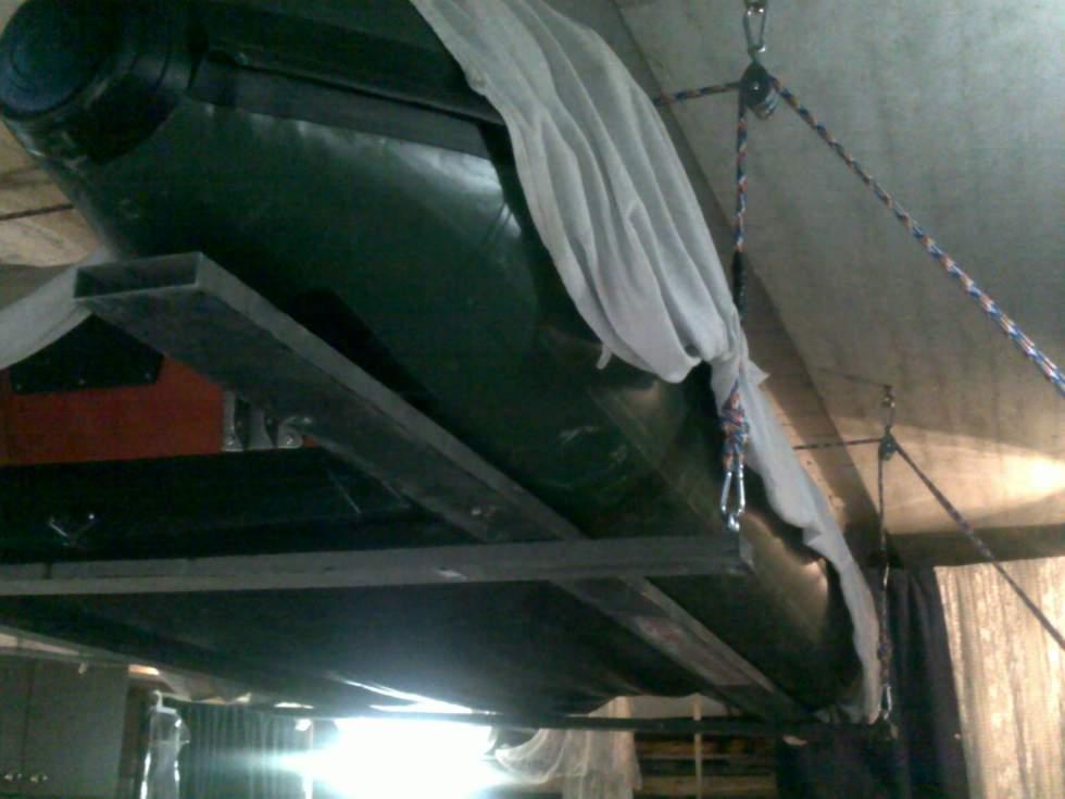 подставка под лодку пвх в гараже