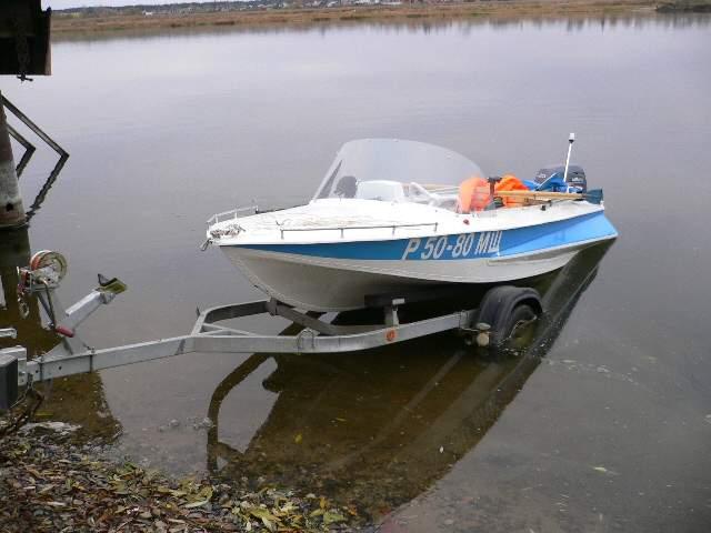 купить моторную лодку обь бу недорого