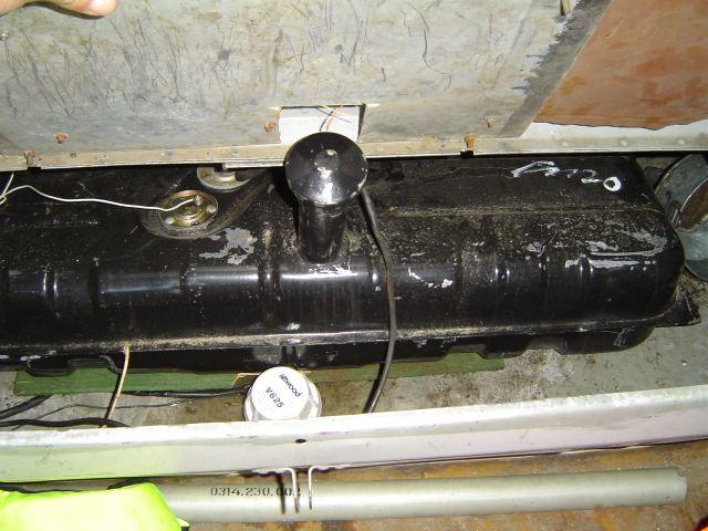 вентиляционная головка топливного бака как ставить для лодки
