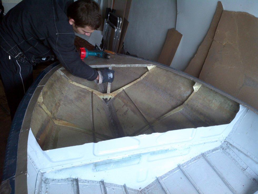 Ремонт лодки своими руками 36