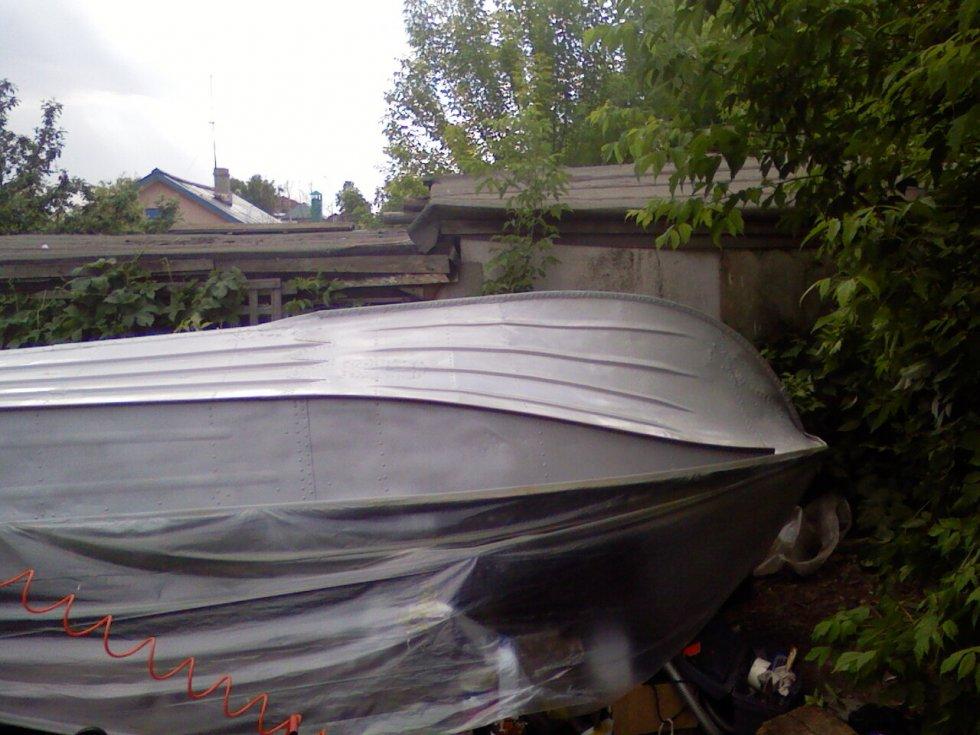 чем красить лодку крым