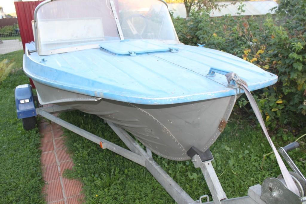 какой краской покрасить лодку крым