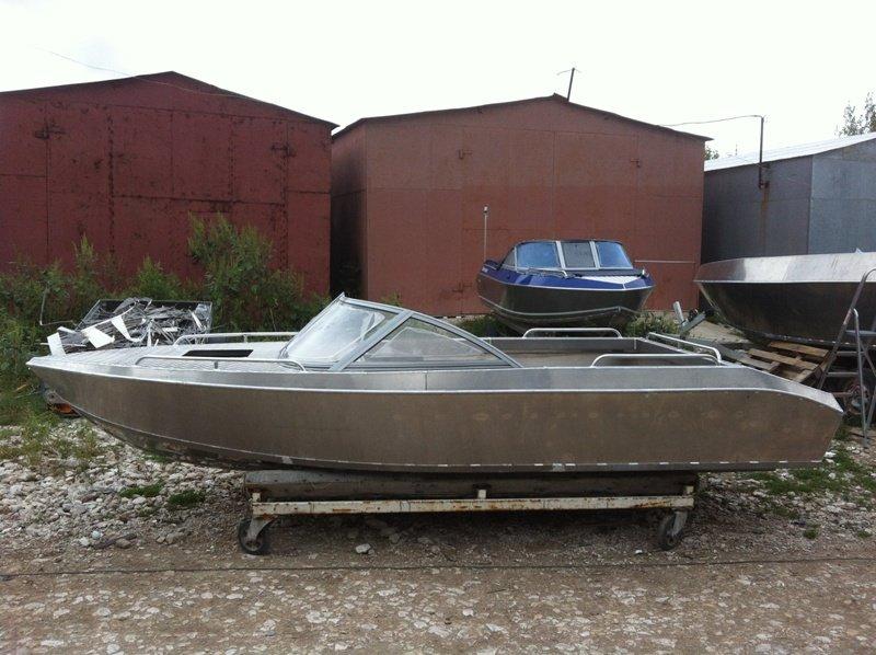 лодки алюминиевые под мотор волжанка