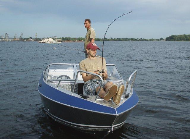 рыболовная лодка фиш