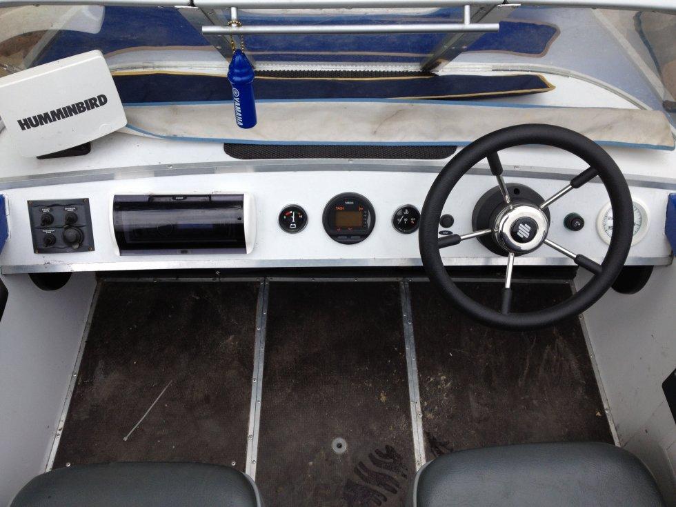 Приборы на лодку крым