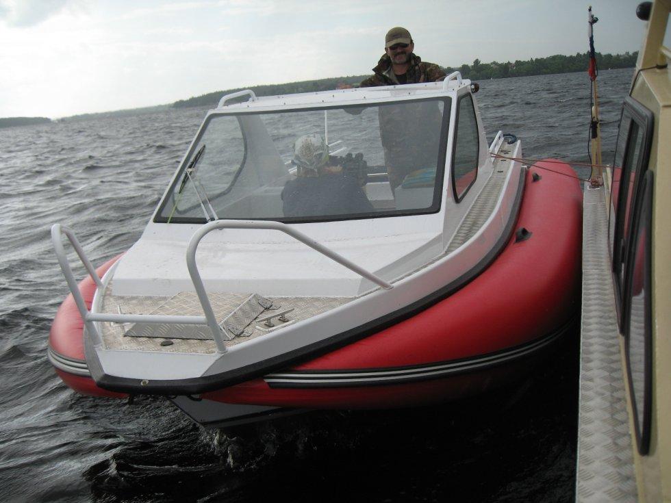 не в размерах лодки а в волнении