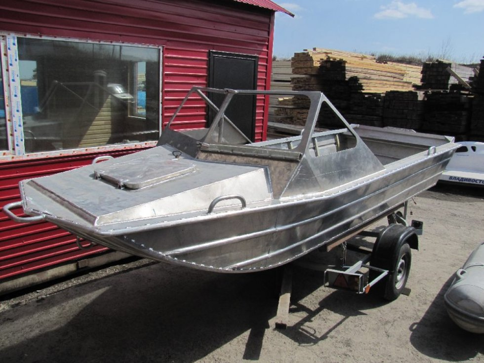 лодка плоскодонная под водомет
