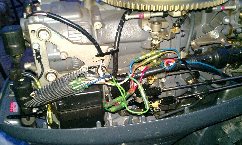 как подсоединить дистанцию к лодочному мотору