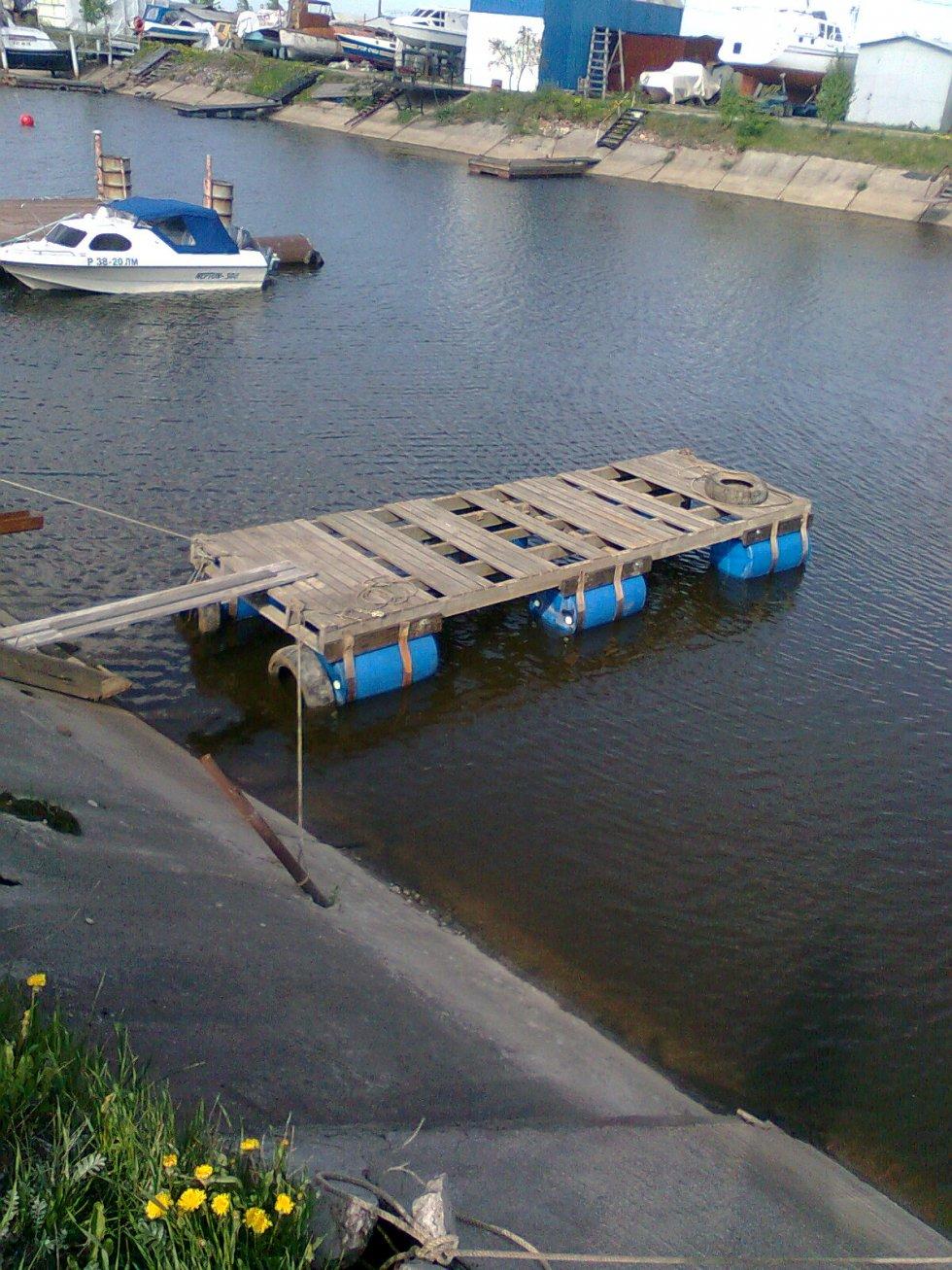 плавающий причал для лодок
