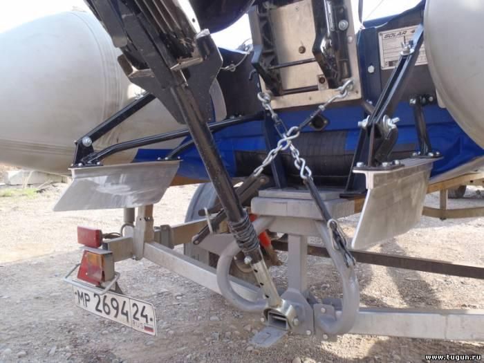 как закрепить лодочный мотор на транце для перевозки