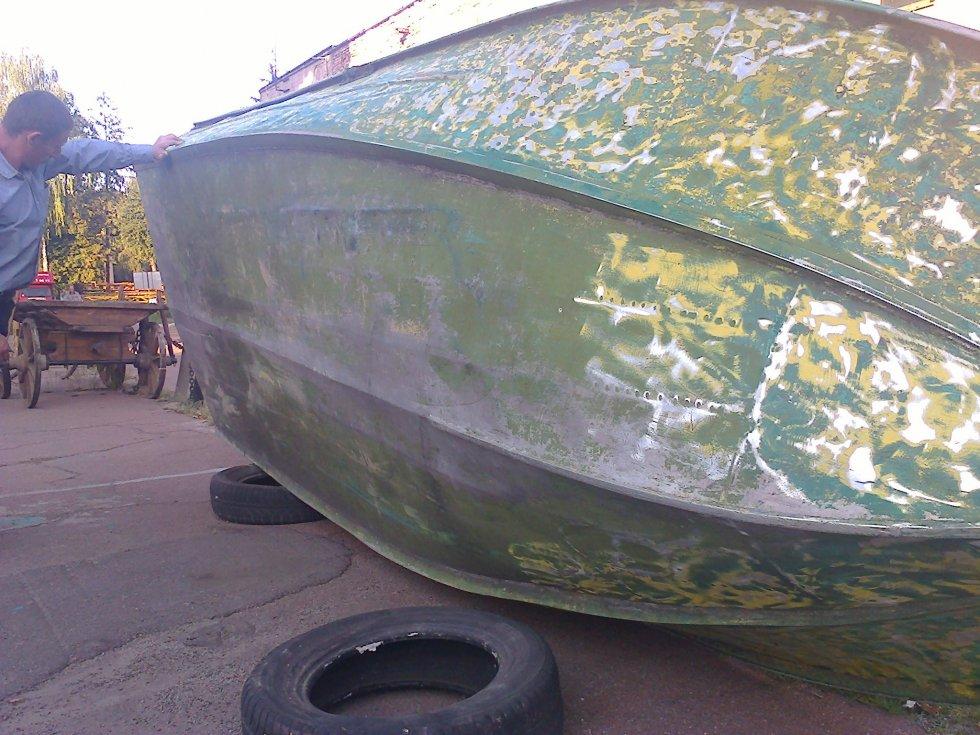 Днище моторных лодок