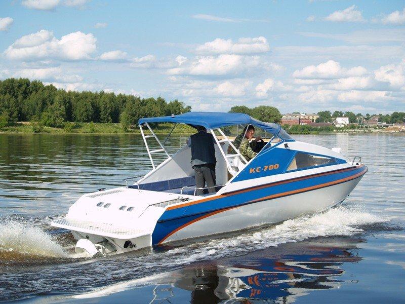 моторные лодки не без;  водометами бу