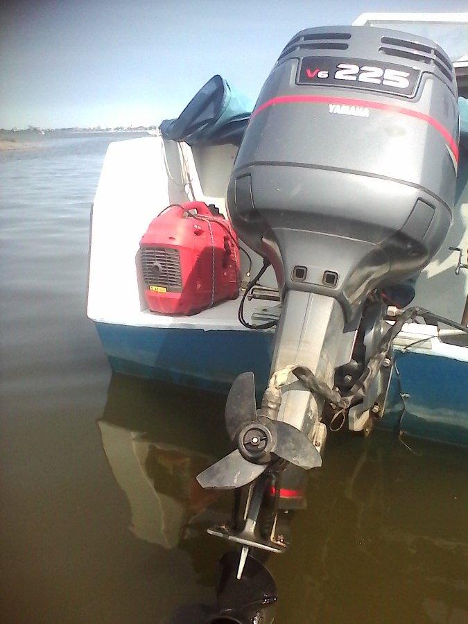 какой аккумулятор для лодочного мотора сузуки 140