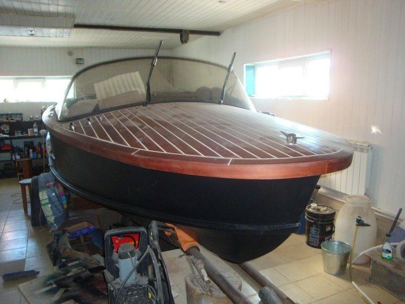 фото краска раптор лодка