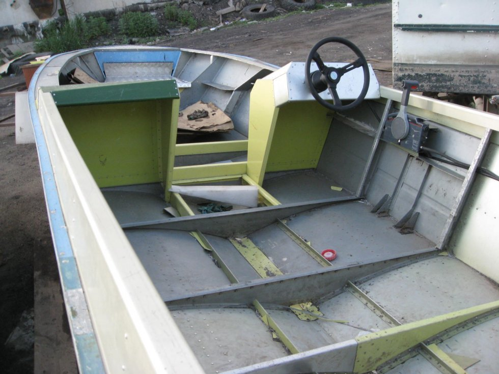 герметизация лодки прогресс