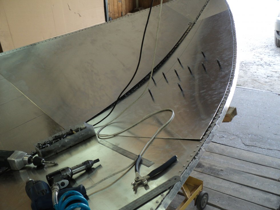Клепка корпуса моторной лодки