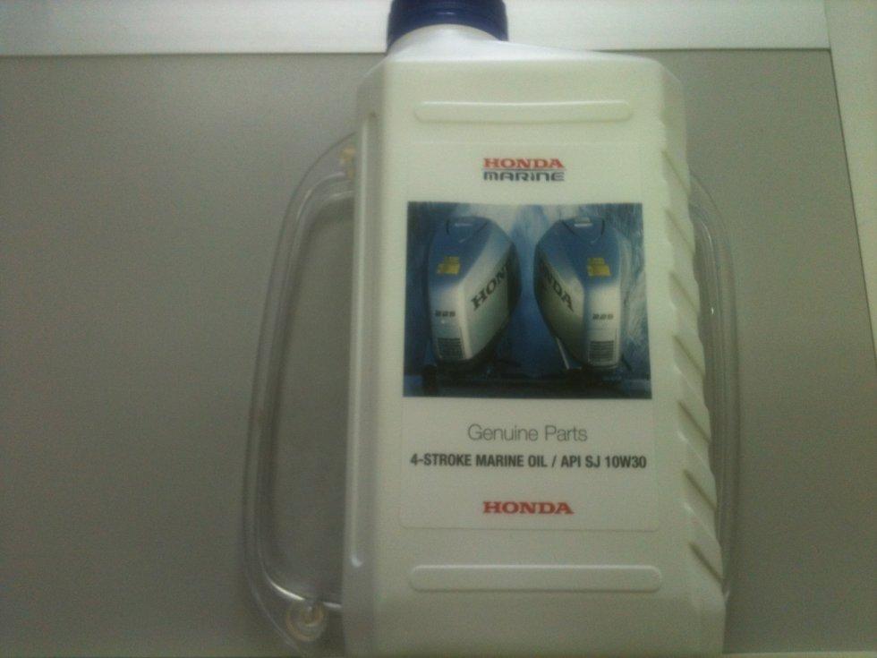 рекомендуемое моторное масло для honda bf5