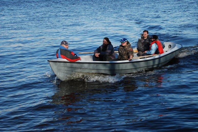 лодка эдвенчер 6,2