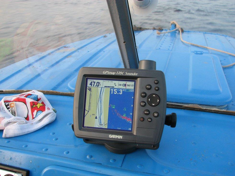 использование эхолота на рыбалке видео