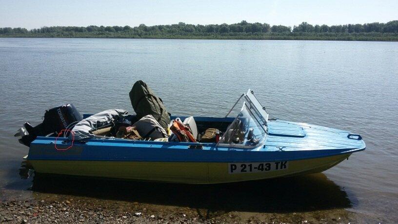 стекло на лодку казанка 5м4