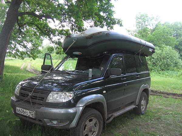 багажник для перевозки надувной лодки