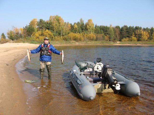 рыбалка прямо в лодку