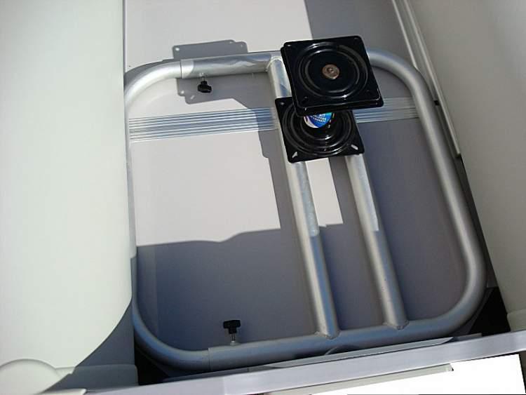 Поворотный механизм для сидений в лодку своими руками
