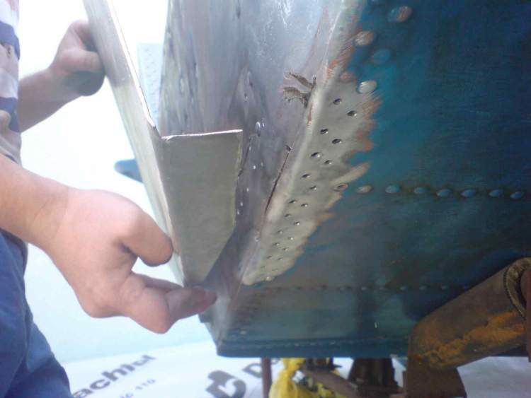 как отремонтировать дюраль лодку