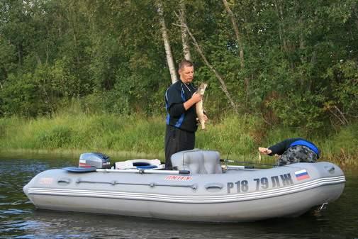 лодка ладога 380