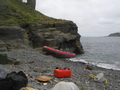 как вы тащить лодку на берегу