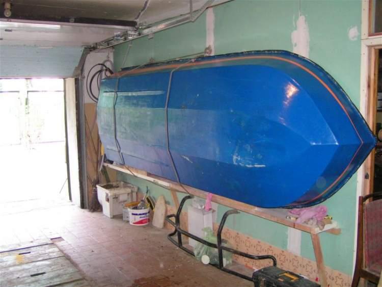 Как подвесить лодку в гараже своими руками 63