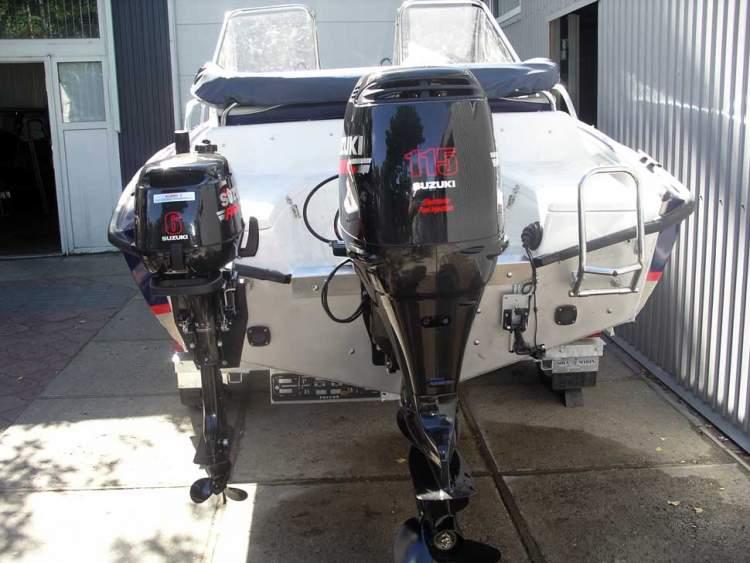 как установить лодочный мотор сузуки на лодку