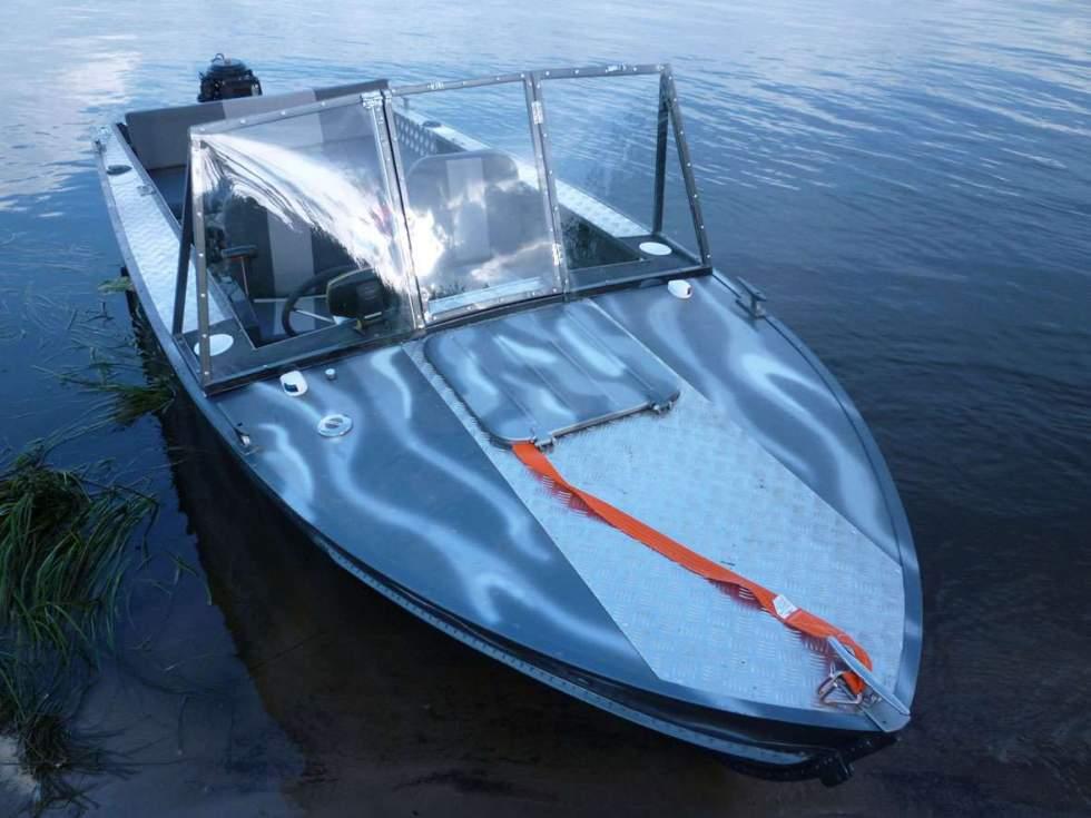 название моторных лодок с фото эту особенность его