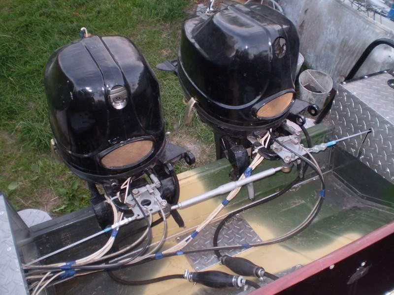 если на лодке два мотора