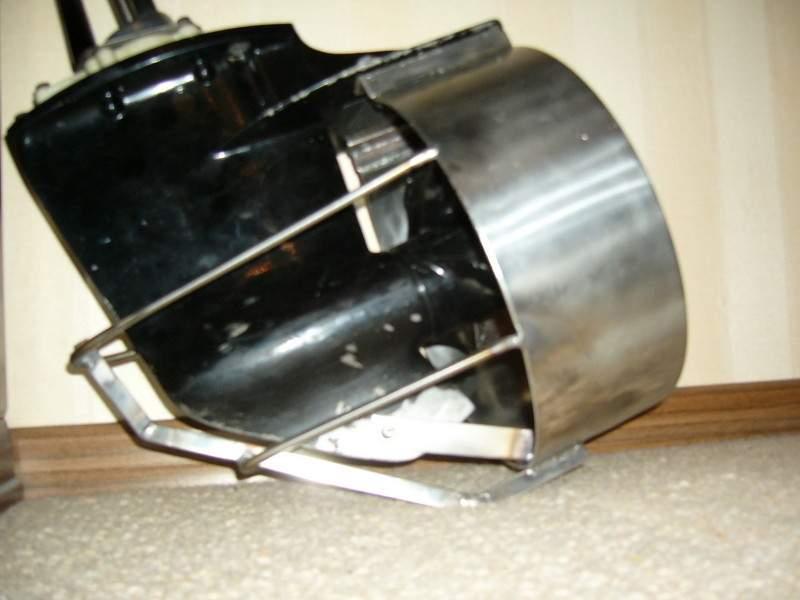 зашита винта на лодочном моторе
