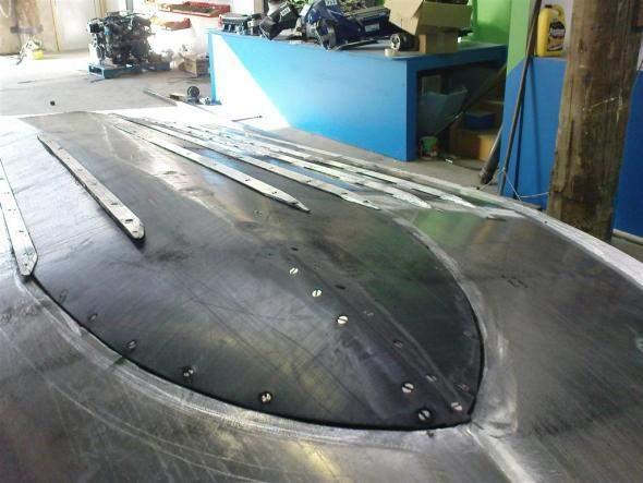 как усилить днище алюминиевой лодки