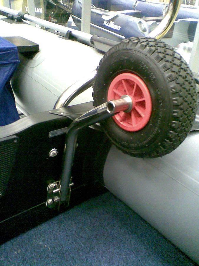 Транцевые колеса для надувных лодок