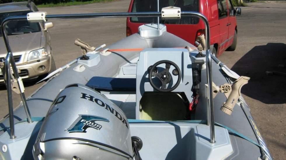 выбор рулевого управления на лодку