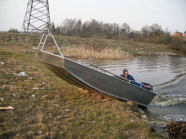 лодки по мелководью
