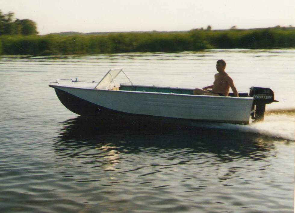 лодка воронеж мотор 15 л.с видео