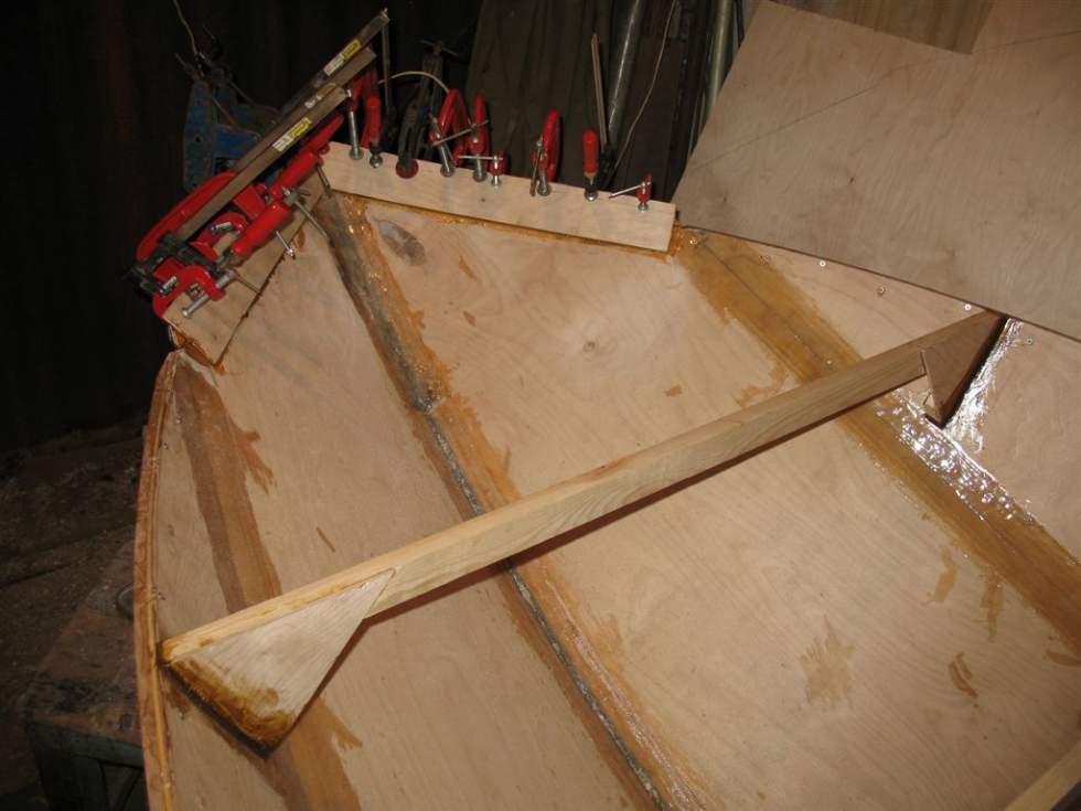 как отремонтировать лодку из фанеры