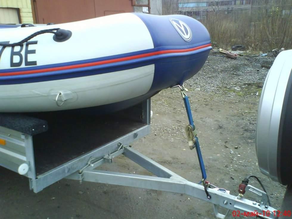 перевозка лодочного мотора на прицепе фото