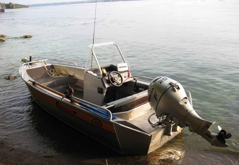 лодка пвх дельфинирование