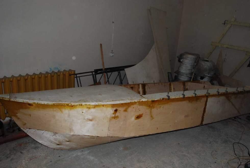Лодка своими руками из пенопласта видео