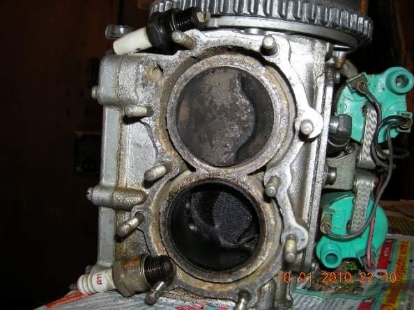 Масло попало в цилиндры лодочный мотор