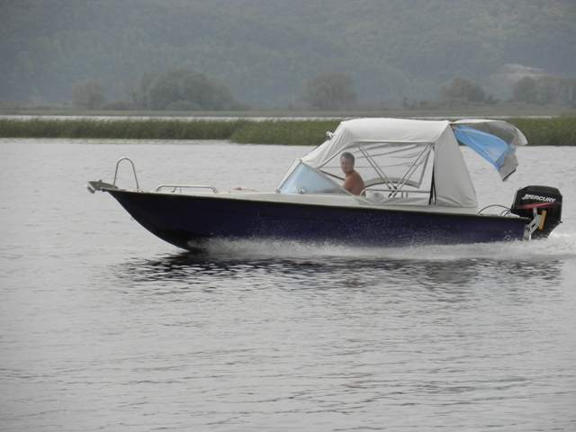 владельцы лодки диана 4